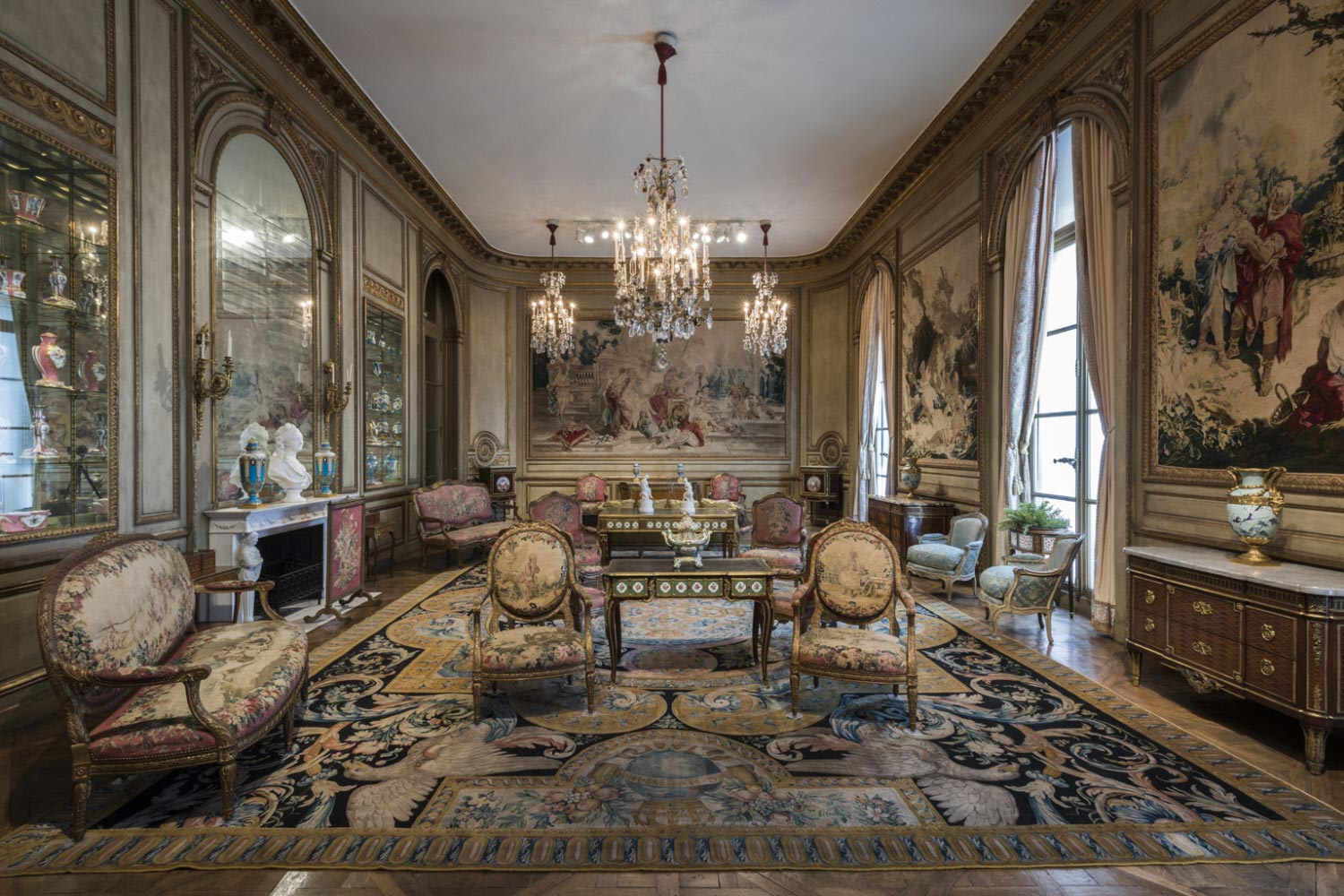 Drawing Room from a Town House: 901 Fifth Avenue, New York City