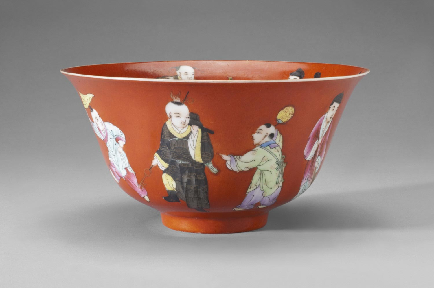 Bowl with Design of One Hundred Boys (Pair)