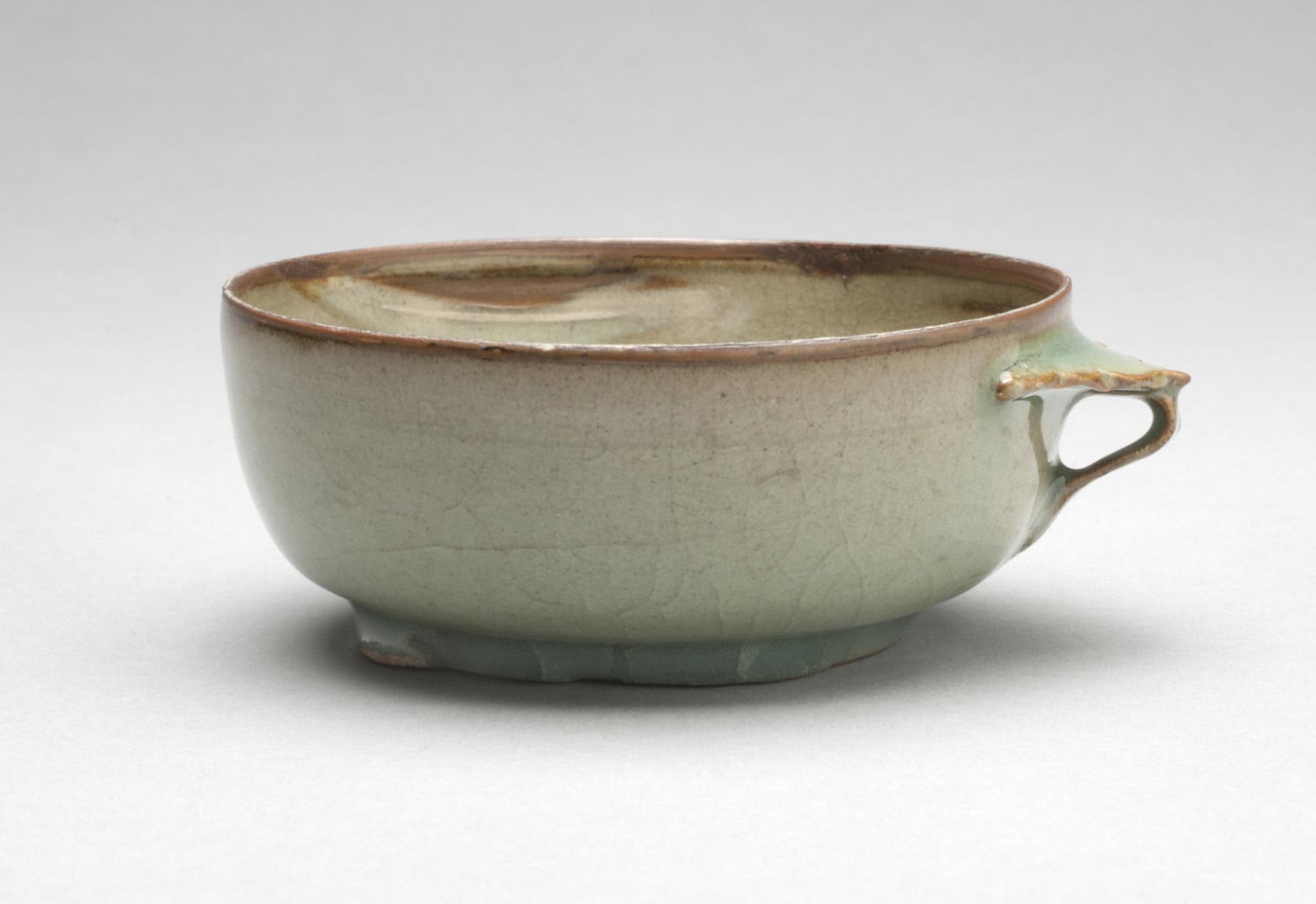 Cup with Flanged Handle