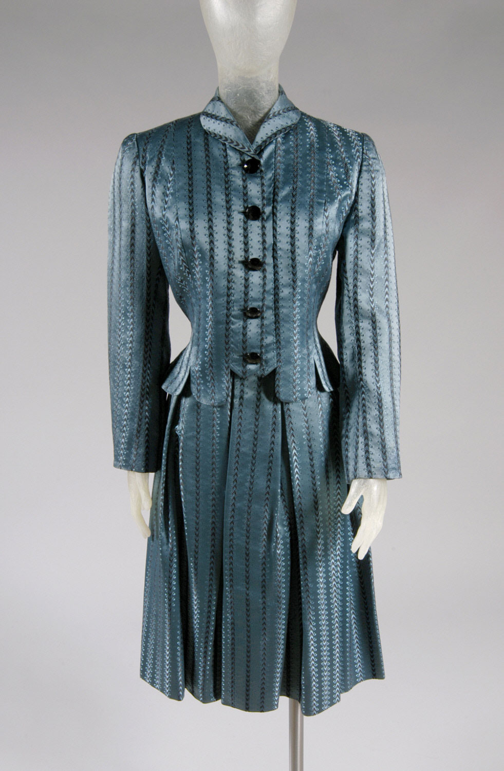 Woman's Suit: Bodice and Skirt