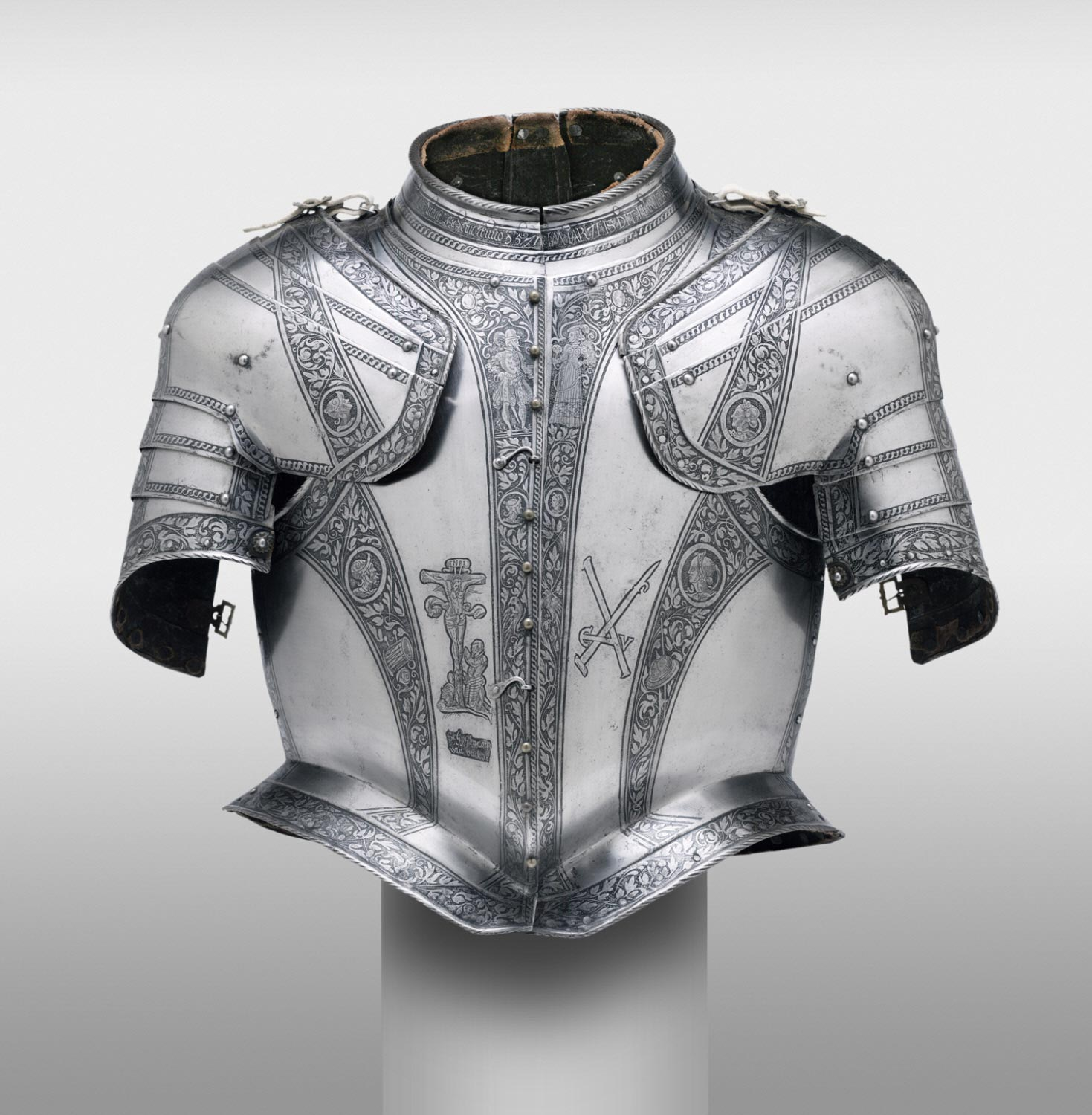 Waistcoat Corselet (torso defense) with Pauldrons (shoulder defenses), for use in combat on ship