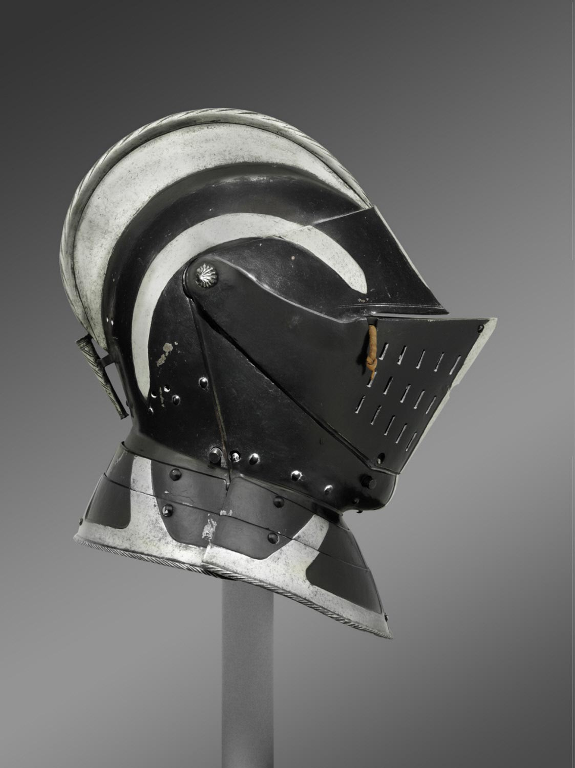 Armor for use on Foot, with Close Helmet for use in the Tourney