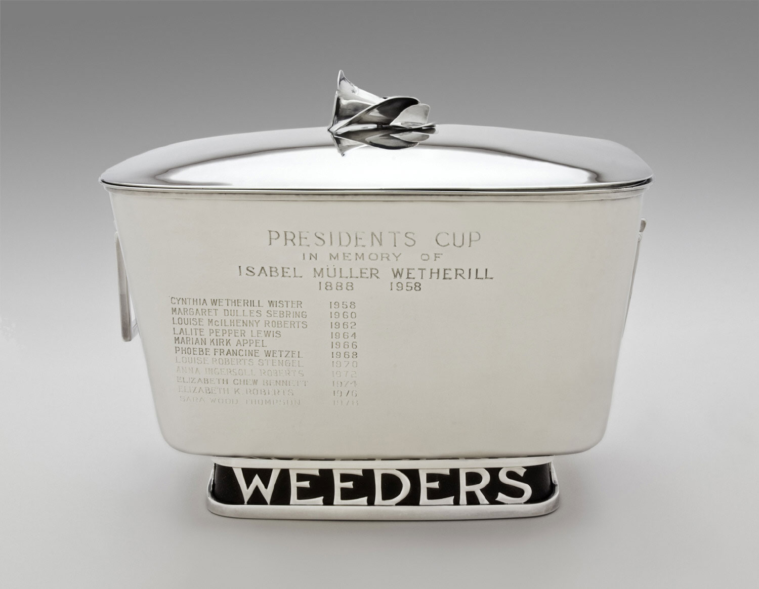 Weeders Trophy with Lid
