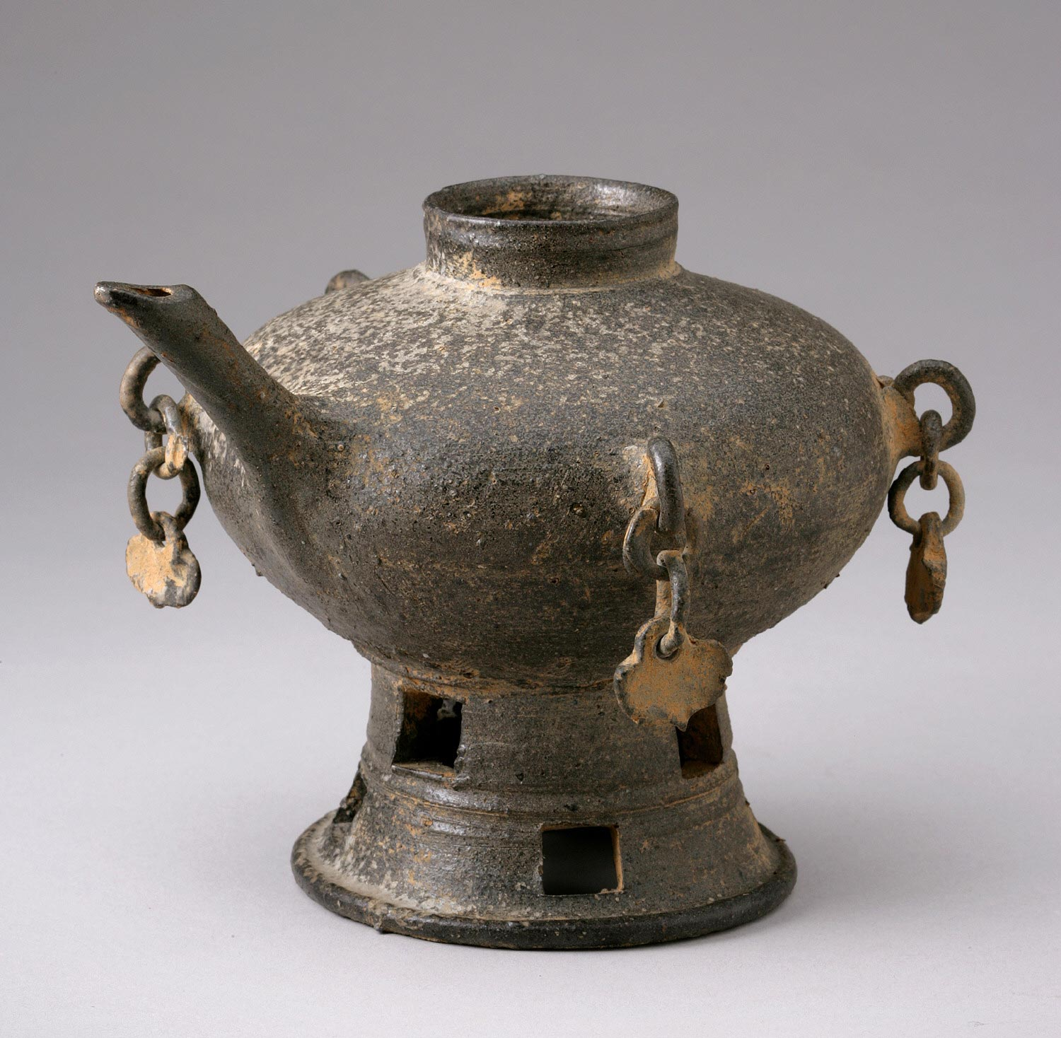 Mounted Jar with Spout