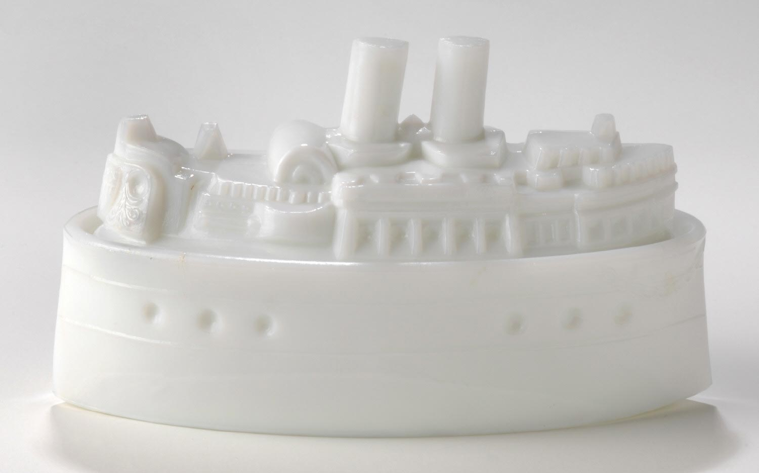Butter with Cover in the Form of a Ship