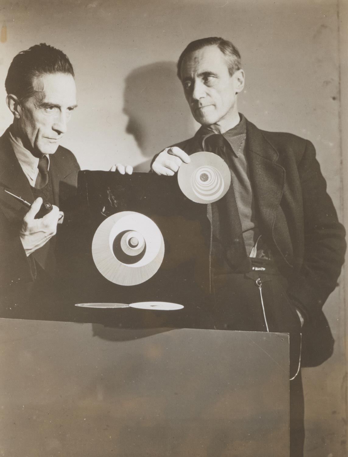 Marcel Duchamp and Hans Richter with Rotoreliefs