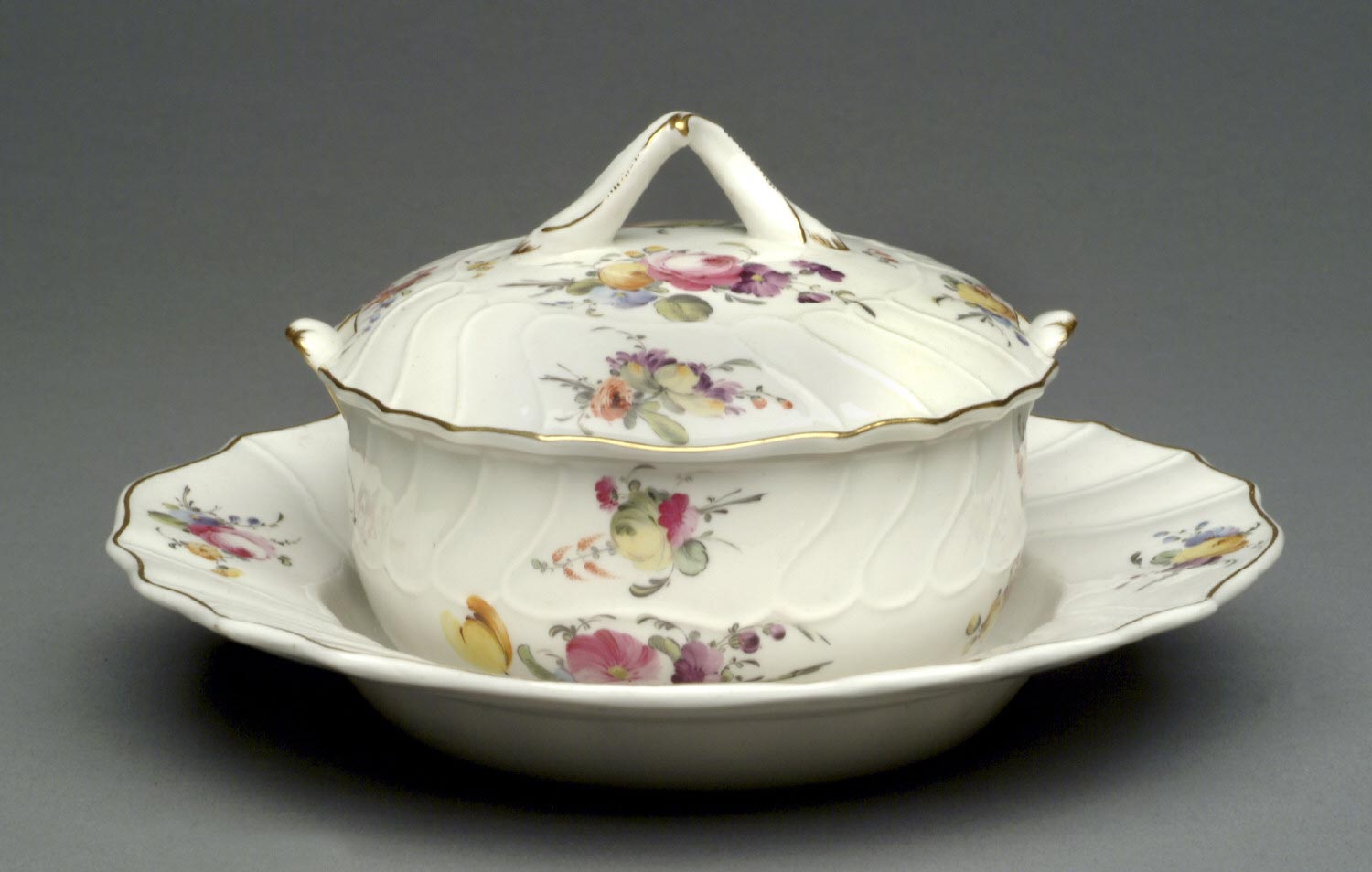 Butter Tub with Lid and Saucer
